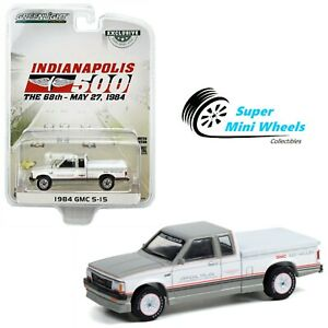 Greenlight 1:64 - 1984 GMC S-15 Extended Cab (White) Indy 500 Official Truck