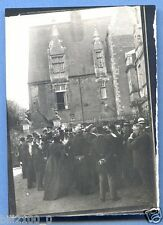 photo ancienne ... Durtal .. la cour du château . animé . 1908 .. Maine-et-Loire