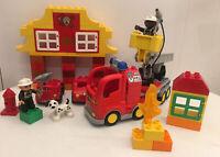 Lego Duplo Fire Station 6138 & Fire Engine 4977 Bundle
