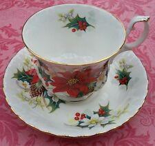 "tasse à thé porcelaine anglaise Royal Albert ""Poinsettia"""