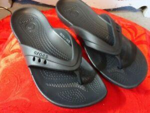 Crocs Womens Black Lightweight Toe Post Flip Flops