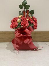 ANNIVERSARY, BIRTHDAY, GIFT CHOCOLATE FERRERO ROCHER LINDT RED ROSE BOUQUET GIFT