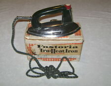 Vintage Mid Century Fostoria Tru Heat Model 1BB Clothes Iron with Box 1100 Watts