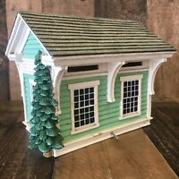 G-SCALE TRAIN STATION BUILDING WITH TREE