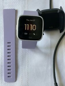 Fitbit Versa Lite Health&Fitness Smartwatch Heart Rate Small&Large Band Lilac