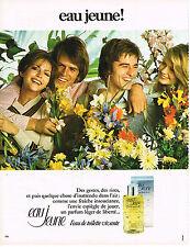 PUBLICITE  1973   EAU JEUNE    parfum léger de liberté
