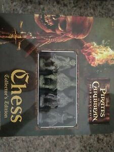 Pirates of the caribbean chess set