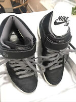 Rare Nike SB Dunk Mid Pro 2007 Griptape Size Men's 6.5 or Women's 8.5