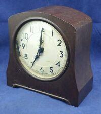 VINTAGE ART DECO BAKELITE SMITH SECTRIC MANTEL CLOCK, SPARES OR REPAIR