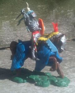 BRITAINS Swoppet mounted knight attacking with sword.  Excellent condition!