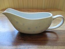"""DINING COLLECTION CONTEMPORARY GRAVY BOAT """"  PASTEL BLUE SNOWFLAKES DESIGN. NEW"""