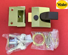 Yale 40mm Nightlatch Brasslux case + Polished Brass cylinder
