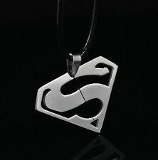 Colgante Réplica Superman Cadena de Cuero Pendant Superman Leather Chain