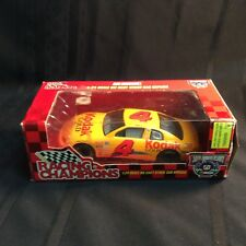 Die Cast stock car replica Sterling Marlin.1:24 scale Kodak Gld Film #4 ( M 1 )