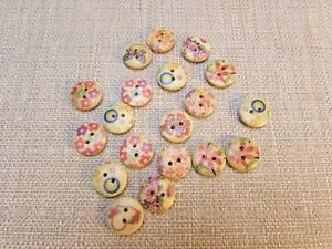 Bag of Painted Wooden Buttons 2 Holes 15mm - Approx. 100 (36)