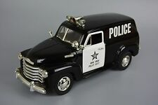 Mira Solido Chevy Chevrolet 1950 Panel Van New York NYPD Police Car Boxed 1:18