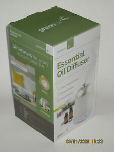 Spa Vapor + Green Air New in Box Aromatherapy Diffuser Plus 1ml Lavender oil