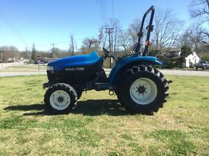 Very Nice New Holland TC29 4X4 Tractor with Only 921 Hours