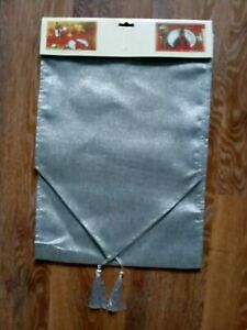 Silvery grey table runner