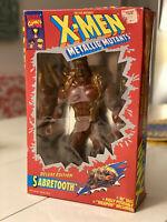 """VINTAGE Deluxe Edition Sabretooth 10"""" Figure X-Men Metallic Mutants 1994"""