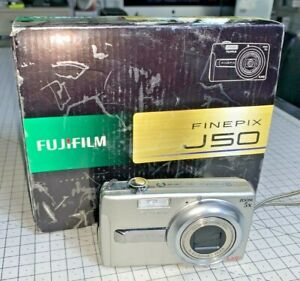 Fujifilm FinePix J50 8.2mp digital compact, 5x Zoom, with case & boxed complete