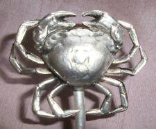 """Brochette / hatelet en métal argenté à motif de grand """" Crabe """""""