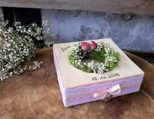 Hochzeit Ringkissen Ringhalter Mille Fleurs eckig mit Namen rosa mit Spitze