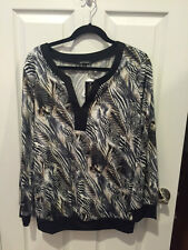 NOTATIONS Black/White/Grey Blouse w/Sexy Neckline (LARGE) (NWT)