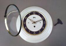 Pendule à clé SMI 8 JOURS vintage ancienne bakélite ? crème MARCHE pendulum key