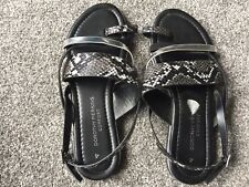 Women's Sandals Size 4 In Black By Dorothy Perkins