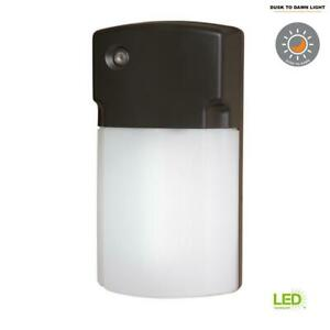 Halo Wall Pack Lights LED Dusk to Dawn Outdoor Bronze