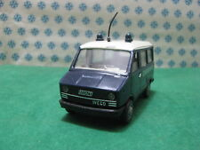 "Vintage   -  FIAT  IVECO  anni 80 "" Carabinieri ""  - 1/43  Old Cars - Box"