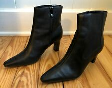 Predictions Black Leather Side Zip Medium Heels Pointed Toe Ankle Boots Sz 7