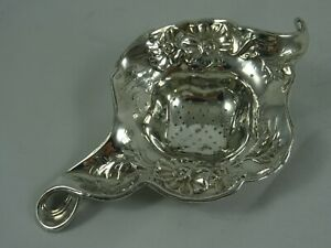 STUNNING ART NOUVEAU sterling silver TEA STRAINER, 1904, 27gm