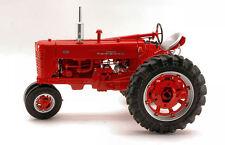Farmall 400 Tractor 1:16 Model ERTL