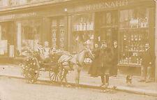 LA NEUVE-LYRE OU ENVIRONS CARTE PHOTO MAGASIN RENARD CONFECTIONS VEUILLET 1903