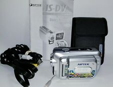 Aiptek IS-DV Digital video camera camcorder 5MP w/stabilizer, battery, manual