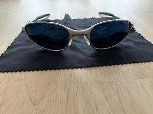 OAKLEY Sonnenbrille in super Zustand mit Original Etui