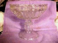 ELEGANT T SCALLOPED DESIGN STARS AND FLOWERS LARGE STEMMED 8 BY 8' Bowl Dish