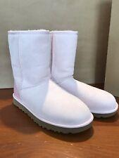 UGG  Australia Women's Classic Short II Boots Metallic heel Size 9 Pink NEW!