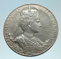 1902 GREAT BRITAIN UK King Edward VII & Queen Alexandria SILVER Medal i75345