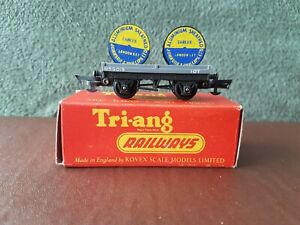 Tri-ang R.18 Cable Drum Wagon - OO/HO Gauge - Boxed and in mint condition.