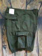 NWT Goodfellow Cargo Shorts Hunter Green Size 50 Hits Below Knee 100% Cotton
