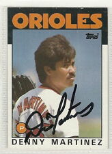 Dennis Martinez signed Autographed card 1986 topps WS Champ Perfect Game