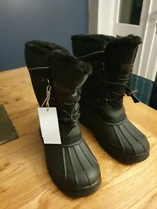 Mountain Warehouse Boots size 4