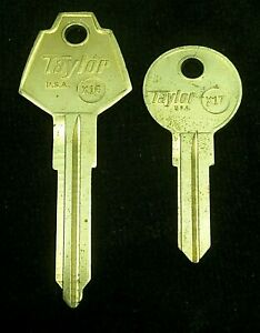 PLYMOUTH Chrysler CRICKET Key Blank SET 1971-1981 also HILLMAN AVENGER & ARROW