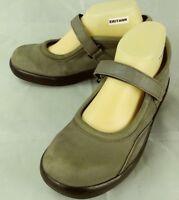 Apex Wos Shoes B6700W Mary Janes US 7.5 M Gray Suede Hook Loop Wedge Walking 99