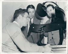 1941 UCLA Coach Babe Horrell Watches Ken Snelling Eye Exam Press Photo