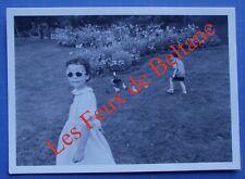 Carte postale Parc Montsouris, enfants,1986 Jean Michel Cresto, 150 ex. CPSM