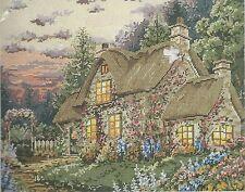 English Cottage~Needlepoint Kit~Janlynn Needlepoint Pointe